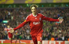 LIVERPOOL, ENGLAND - Thursday, April 8, 2010: Liverpool's Fernando Torres celebrates scoring his second goal, his side's fourth, against Sport Lisboa e Benfica during the UEFA Europa League Quarter-Final 2nd Leg match at Anfield. (Photo by: David Rawcliffe/Propaganda)