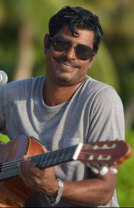 Mezzo Mohamed Majid performs at an outdoor venue. PHOTO: MIHAARU