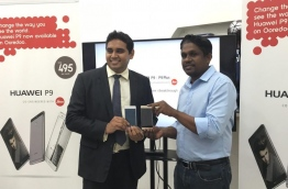 Ooredoo launched Huawei's latest volley, the P9 and P9 Lite, in the Maldives late Wednesday. MIHAARU PHOTO/NISHAN ALI