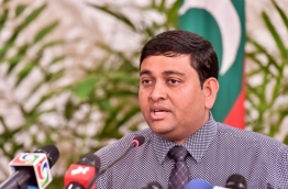 Chief government representative in the all party talks Dr Shainee speaking to reporters on Monday. MIHAARU PHOTO/NISHAN ALI