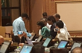 Some opposition lawmakers impede the parliament sitting on Tuesday demanding the immediate release of MP Ahmed Mahloof.