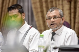 Broadcasting commission chief Mohamed Shaheeb at the parliamentary committee reviewing the defamation bill on Thursday. MIHAARU PHOTO/NISHAN ALI