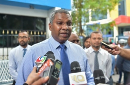 MPL's CEO Mohamed Junaid speaking to reporters on Sunday. MIHAARU PHOTO/MOHAMED SHARUHAAN