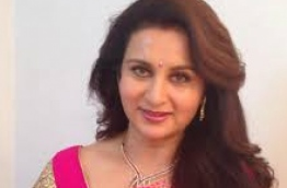 Poonam Dhillon, famous Bollywood film and theatre actress.