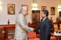 Pakistan senate chairman Raza Rabbani greets Maldives president Yameen during their meeting on Monday. PHOTO/PRESIDENT'S OFFICE
