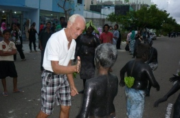 John Seyfert at an event in Hulhumale: he was arrested for living in the Maldives without a visa. PHOTO/FACEBOOK