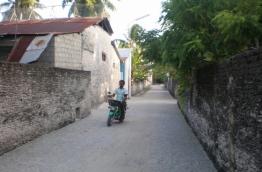 S. Meedhoo island road. PHOTO:Reader