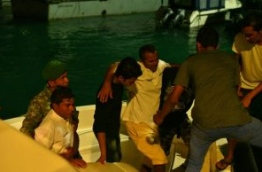 A person injured in a marine accident between a speedboat and a fishing boat brought to capital Male. PHOTO:Hussain Waheed/Mihaaru