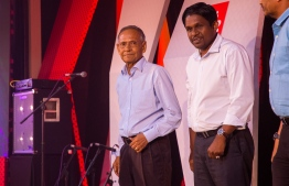 Paradise Island Resort, May 5, 2018: Mohamed Zahir Hussain (L), Former Chancellor of Maldives National University (MNU) and Former Education Minister and Sports Minister stands with Mr. Hussein Niyaz (R), Director of Sales, Distribution & Brand at Ooredoo Maldives at the Mihaaru Awards. PHOTO/IMAGES.MV