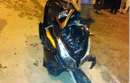The motorcycle which fell into N. Holhudhoo's lagoon in a speeding accident, killing two youths. PHOTO/SOCIAL MEDIA