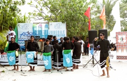 A Boduberu performance by Lh. Atoll Education Centre students at the opening ceremony of Lhaniyani Turtle Festival 2018. PHOTO: HAWWA AMAANY ABDULLA / THE EDITION