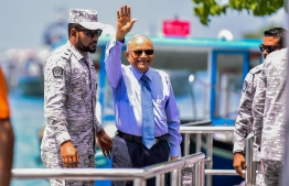Former President Maumoon Abdul Gayoom gestures after a court hearing. FILE PHOTO/MIHAARU