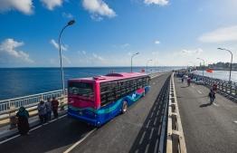 One of MPL's nine buses on the Sinamale Bridge. PHOTO: HUSSAIN WAHEED / MIHAARU