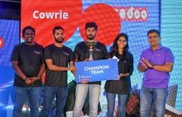 'Cowrie', the champions of the NIRU Hackathon 2018 pose for picture with Ooredoo Maldives' CEO Najib Khan (R) at the closing ceremony. PHOTO/OOREDOO