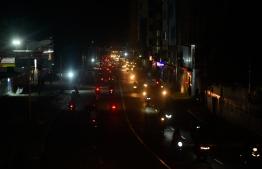 A darkly lit road on Male'. PHOTO: AHMED NISHAATH/MIHAARU