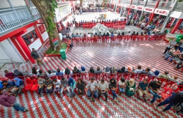 September 23, 2018: People queue up to vote in the Presidential Elections 2018 all over the Maldives. PHOTO: NISHAN ALI/MIHAARU