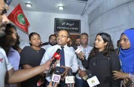Kinbidhoo MP Abdulla Riyaz speaks to the press, after the Criminal Court ordered his release from detention. PHOTO: HUSSAIN WAHEED/MIHAARU