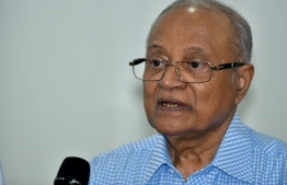 Former President Gayoom speaking to the press. PHOTO: AHMED NISHAATH / MIHAARU