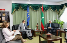 The head of the EU delegation, Tung-Lai Margue (L-2), and EEAS Head of Division for South Asia, Caroline Vinot (L), meet Foreign Minister Dr. Mohamed Asim during the EU's visit to Maldives after the Presidential Election 2018.