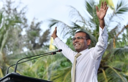 November 1, 2018, Male City: Former President Mohamed Nasheed gestures as he addresses the crowd gathered to welcome him at Artificial Beach upon his return to Maldives after 3 years. PHOTO: NISHAN ALI/MIHAARU