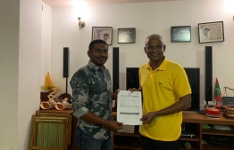 MP Ahmed Mahloof officially joins Maldives Democratic Party (MDP).