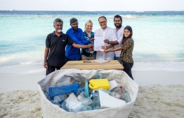 Representatives fromDharavandhoo, Common Seas, Soneva, Kihadhoo and the President's Office with the signed pledge. (L to R). PHOTO: SONEVA