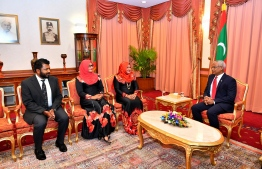 President Ibrahim Mohamed Solih with the three newly appointed members. PHOTO: PRESIDENT'S OFFICE