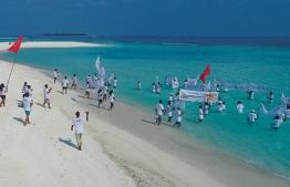 Protesters demand the establishment of minimum wage and the abolishment of discrimination. PHOTO: TOURISM EMPLOYEES ASSOCIATION MALDIVES
