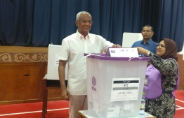 President Ibrahim Mohamed Solih casts his ballot in the Parliamentary Election 2019. PHOTO/TWITTER
