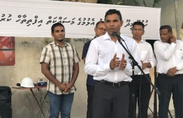 Vice President Faisal Naseem at the inaugruation ceremony of the Bahaahudeen road construction. PHOTO: ADDU CITY COUNCIL