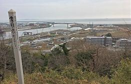 The estuary of Kitakami River in Ishinomaki City, as viewed from Hiyoriyama. PHOTO/THE EDITION
