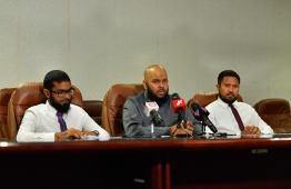 Senior officials of Ministry of Islamic Affairs during a press briefing about Hajj groups chosen for this year's pilgrimage. PHOTO: HUSSAIN WAHEED / MIHAARU