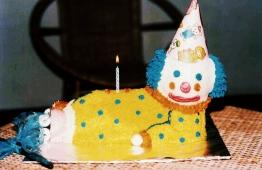 Vintage birthday cake decorated by Jisthee. PHOTO: JISTHEE.