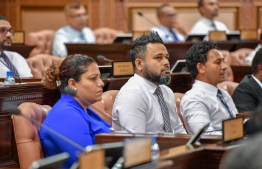 62 MDP MPs vote in favour of rejecting the resolution to grant sovereign guarantee for guesthouses. PHOTO: MIHAARU.