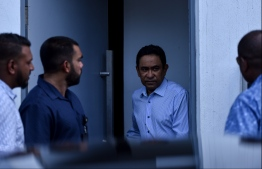 Former President Abdulla Yameen Abdul Gayoom en route to attend one of his Criminal Court hearings. PHOTO: HUSSAIN WAHEED / MIHAARU