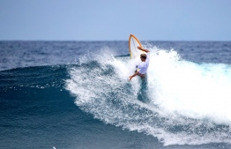 In pulsing, overhead conditions at Sultans, Josh Kerr claimed Four Seasons Maldives Surfing Champions Trophy for the second year running. PHOTO: Surfingchampionstrophy.com