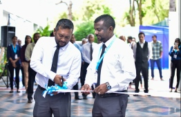 Economic Minister Fayyaz Ismail (L) and State Transport Minister Ahmed Adil at the inauguration of Maldives Marine Expo 2019. PHOTO: HUSSAIN WAHEED / MIHAARU