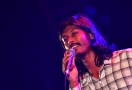 Runner-up of Maldivian Idol's first season and local music sensation Shalabee Ibrahim gracing the stage with his commendable vocals. PHOTO: HUSSAIN WAHEED/ MIHAARU