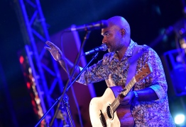 Various local talents graced the stage at the New Year Show. PHOTO: HUSSAIN WAHEED/ MIHAARU