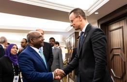 Foreign Minister Abdulla Shahid (L) meets his Hungarian counterpart Péter Szijjártó, on the sidelines of the Raisina Dialogue in January 2020. PHOTO: Mátyás Borsos/MTI