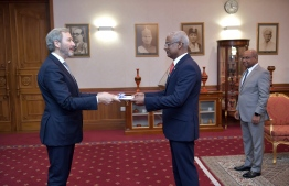 The Ambassador of Greece Dionyssios Kyvetos presenting his letter of credence to President Ibrahim Mohamed Solih in a ceremony held at the President's Office. PHOTO: PRESIDENT'S OFFICE