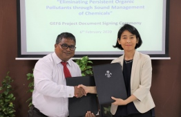 Environment Minister Dr Hussain Rasheed Hassan (L) and UNDP's Resident Representative to Maldives, Akiko Fujii sign Global Environmental Facility (GEF) project on eliminating Persistent Organic Pollutants (POP) through Sound Management of Chemicals, on February 6, 2020. PHOTO/ENVIRONMENT MINISTRY
