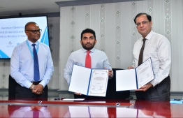 Minister of Health Abdulla Ameen (C) and World Health Organization Representative to Maldives, Dr Arvind Mathur (R). PHOTO: NISHAN ALI / MIHAARU