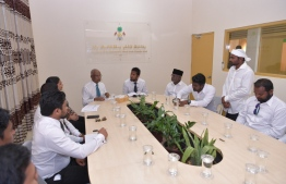 President Solih during a meeting with the Rinbudhoo Council. PHOTO: PRESIDENT'S OFFICE