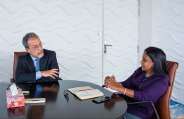 Minister of Fisheries, Marine Resources and Agriculture Dr Zaha Waheed (R) alongside Head of European Commissions' Head of IUU Fisheries Policy Unit, Directorate-General for Maritime Affairs and Fisheries, Roberto Cesari. PHOTO: MINISTRY OF FISHERIES, MARINE RESOURCES AND AGRICULTURE