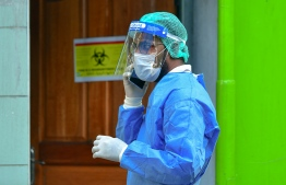 Frontline worker donned in Personal Protective Equipment (PPE) in a COVID-19 drill held in Malé City. PHOTO: MIHAARU