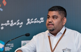 President's Office's Communications Undersecretary Mabrouq Abdul AzeeZ speaking to the press. PHOTO: NISHAN ALI/ MIHAARU