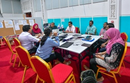Journalists meet with National Emergency Operation Centre (NEOC)'s Technical Advisory Group (TAG) including Dr Ali Latheef, Dr Moosa Hussain, Dr Nazla Mustafa and Dr Muaz Moosa to ensure that information reported is accurate and verified. PHOTO: HPA