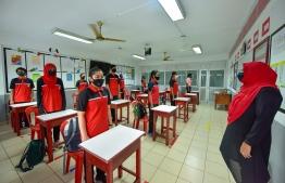 Student's of Iskandhar School attending a socially distanced class on july 1, 2020. PHOTO: AHMED AWSHAN ILYAS/ MIHAARU