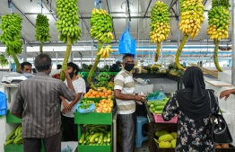 People shopping at the local market in capital Male'. Lockdown measures are now lifted and individuals can go out for essentials without permits. PHOTO: MIHAARU